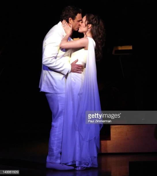 Tony Goldwyn and Laura Osnes perform at the 'Sound Of Music' concert to benefit Carnegie Hall's Weill Music Institute at Carnegie Hall on April 24...