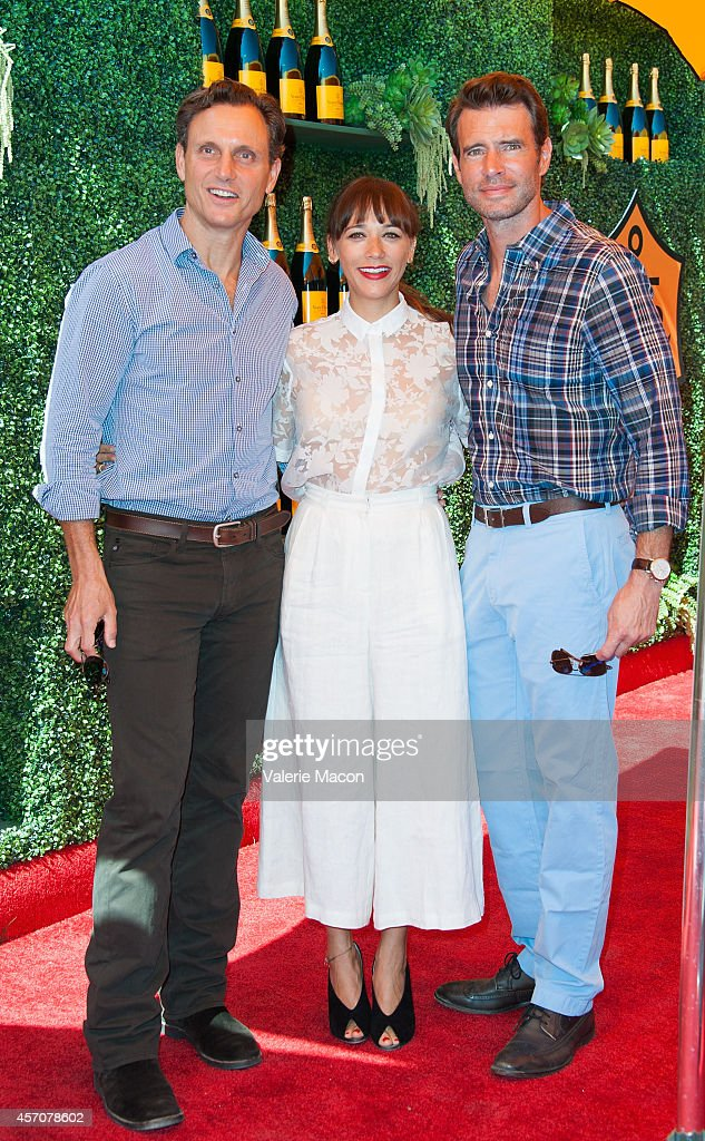 Tony Goldwyn Rashida Jones and Scott Foley arrive at the FifthAnnual Veuve Clicquot Polo Classic Los Angeles at Will Rogers State Historic Park on...