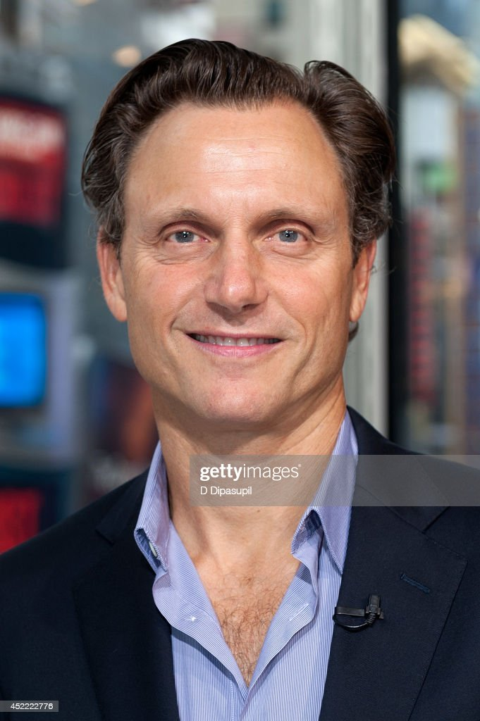 Tony Goldwyn visits 'Extra' at their New York studios at HM in Times Square on July 16 2014 in New York City