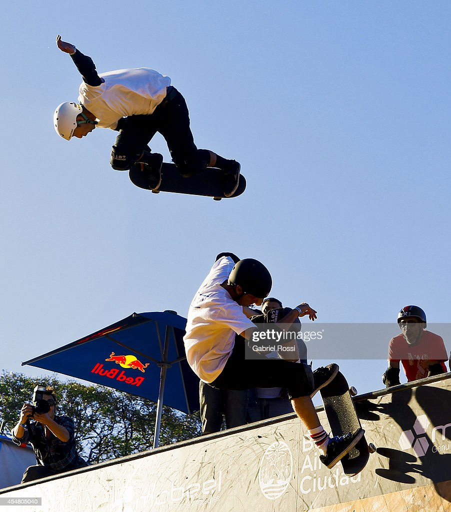 Tony Hawk and Lincoln Ueda in action during the Xtreme Life Fest on September 6 2014 in Buenos Aires Argentina This is Tony Hawk's first exhibition...