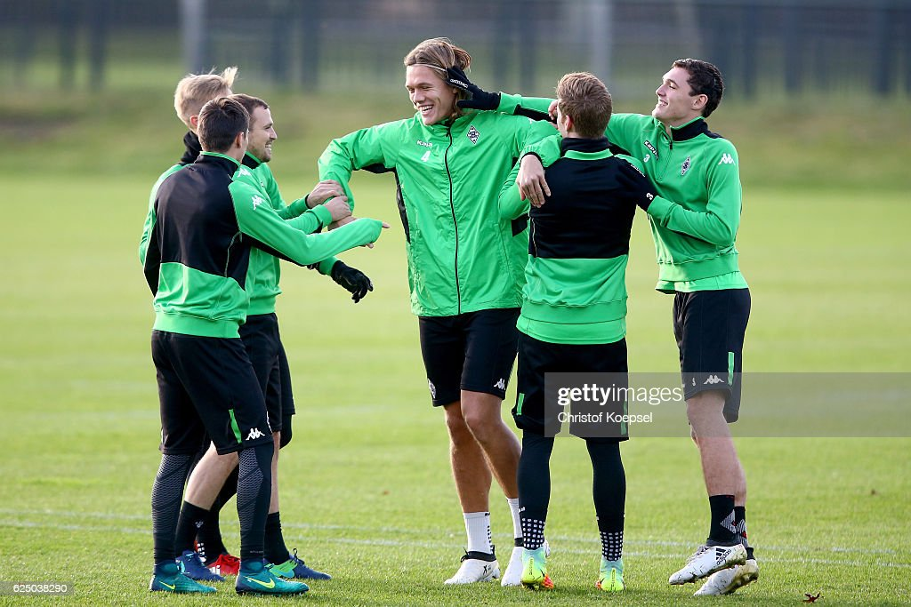 VfL Borussia Moenchengladbach - Training & Press Conference