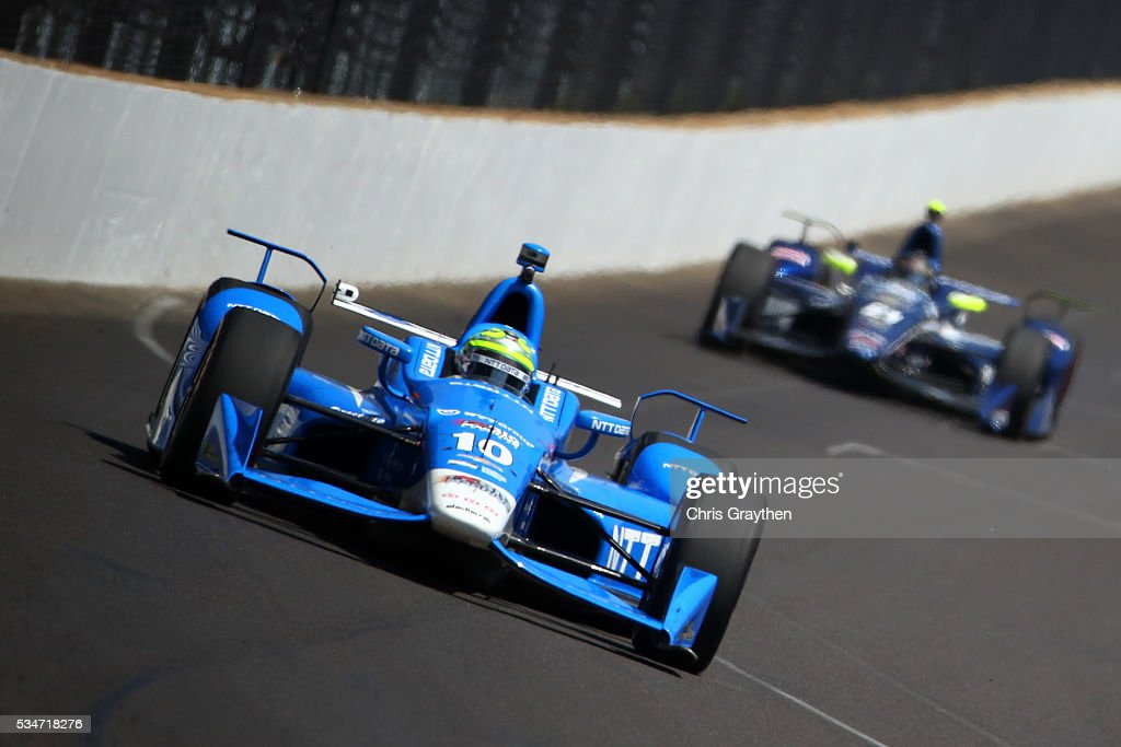 <a gi-track='captionPersonalityLinkClicked' href=/galleries/search?phrase=Tony+Kanaan&family=editorial&specificpeople=171962 ng-click='$event.stopPropagation()'>Tony Kanaan</a> of Brazil, driver of the #10 NTT Data Chip Ganassi Racing Chevrolet, drives on Carb Day ahead of the 100th running of the Indianapolis 500 at Indianapolis Motorspeedway on May 27, 2016 in Indianapolis, Indiana.