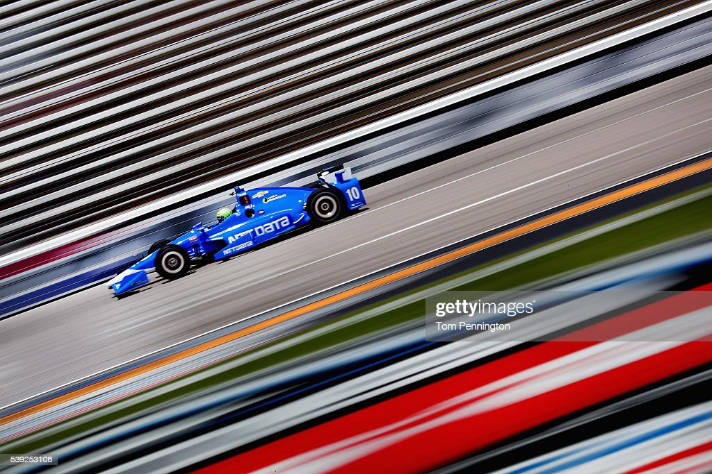 <a gi-track='captionPersonalityLinkClicked' href=/galleries/search?phrase=Tony+Kanaan&family=editorial&specificpeople=171962 ng-click='$event.stopPropagation()'>Tony Kanaan</a> of Brazil, driver of the #10 NTT Data Chip Ganassi Racing Chevrolet, practices for the Verizon IndyCar Series Firestone 600 at Texas Motor Speedway on June 10, 2016 in Fort Worth, Texas.