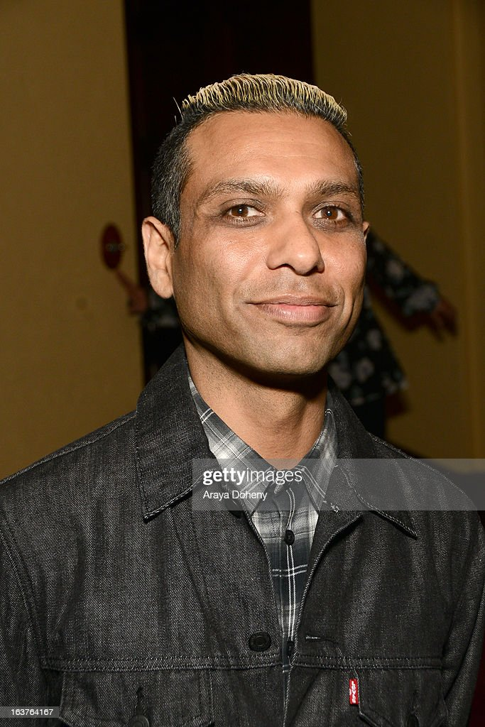 <a gi-track='captionPersonalityLinkClicked' href=/galleries/search?phrase=Tony+Kanal&family=editorial&specificpeople=242864 ng-click='$event.stopPropagation()'>Tony Kanal</a> attends the PETA President Ingrid E. Newkirkt launches 'Naked Truth' U.S. tour at the Ebell of Los Angeles event at The Wilshire Ebell Theatre on March 14, 2013 in Los Angeles, California.
