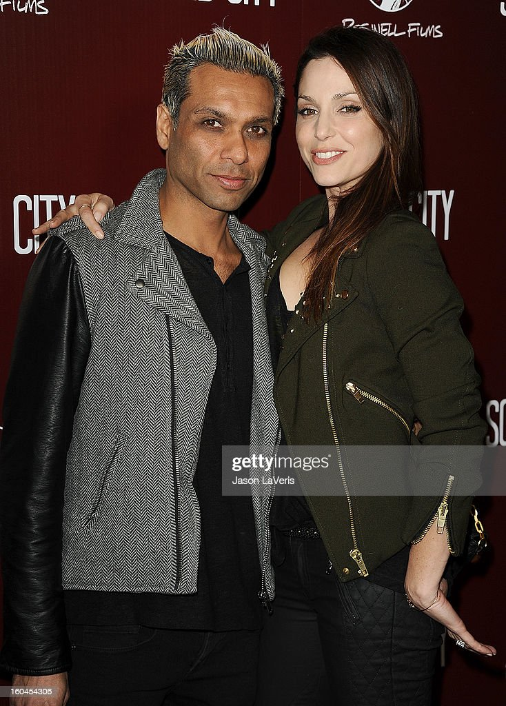 Tony Kanal of No Doubt and wife Erin Lokitz attend the premiere of 'Sound City' at ArcLight Cinemas Cinerama Dome on January 31, 2013 in Hollywood, California.