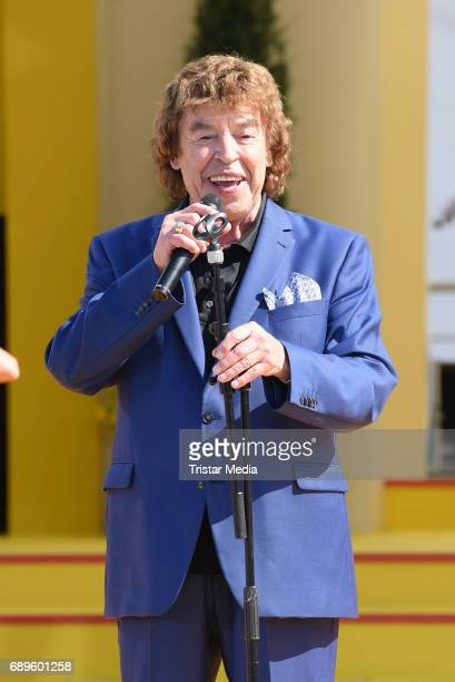 Tony Marshall performs in the ARD Live TV Show 'Immer Wieder Sonntags' in Rust at the EuropaPark on May 28 2017 in Rust Germany