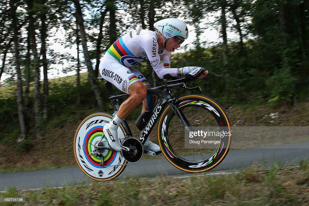 <a gi-track='captionPersonalityLinkClicked' href=/galleries/search?phrase=Tony+Martin+-+Cyclist&family=editorial&specificpeople=5399396 ng-click='$event.stopPropagation()'>Tony Martin</a> of Germany and the Omega Pharma - Quick-Step Cycling Team races to first place in the individual time trial during the twentieth stage of the 2014 Tour de France, a 54km individual time trial stage between Bergerac and Perigueux, on July 26, 2014 in Perigueux, France.