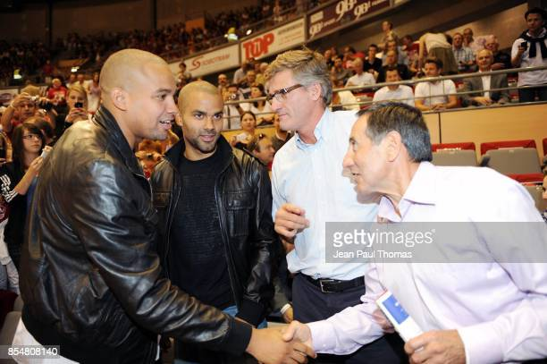 Tony PARKER Gilles MORETTON Michel GARCIA Chalon Sur Saone / Asvel 1/4 finale play offs ProA