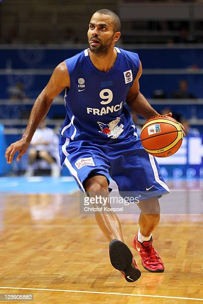 Tony Parker of France runs with the ball during the EuroBasket 2011 first round group B match between Serbia and France at Siauliai Arena on...