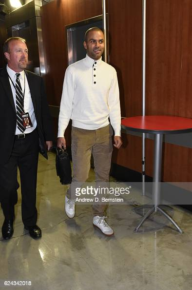 Tony Parker of the San Antonio Spurs arrives at the Staples Center before the game against the Los Angeles Lakers on November 18 2016 in Los Angeles...