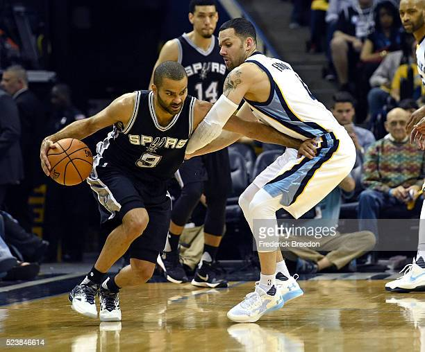 Tony Parker of the San Antonio Spurs drives against Jordan Farmar of the Memphis Grizzlies during the second half of Game Four of the First Round of...