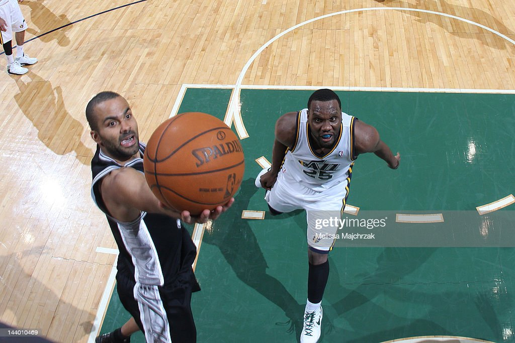 Tony Parker #9 of the San Antonio Spurs goes to the basket against <a gi-track='captionPersonalityLinkClicked' href=/galleries/search?phrase=Al+Jefferson&family=editorial&specificpeople=201604 ng-click='$event.stopPropagation()'>Al Jefferson</a> #25 of the Utah Jazz in Game Four of the Western Conference Quarterfinals during the 2012 NBA Playoffs at Energy Solutions Arena on May 7, 2012 in Salt Lake City, Utah.