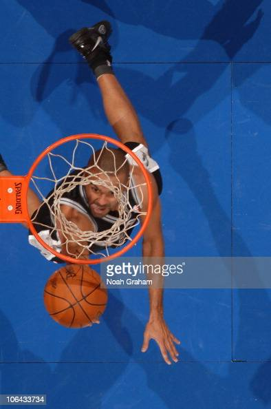 Tony Parker of the San Antonio Spurs goes up for a shot against the Los Angeles Clippers at Staples Center on November 1 2010 in Los Angeles...
