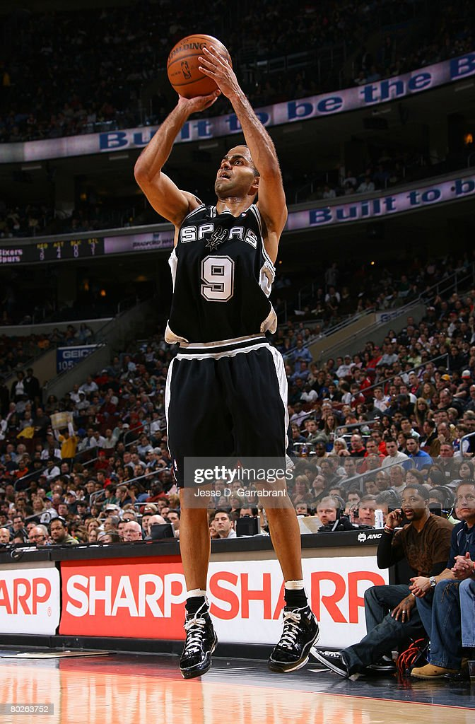 Tony Parker #9 of the San Antonio Spurs shoots against the Philadelphia 76ers on March 15, 2008 at the Wachovia Center in Philadelphia, Pennsylvania.