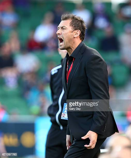 Tony Popovic coach of the Wanderers during the round five ALeague match between the Perth Glory and the Western Sydney Wanderers at nib Stadium on...