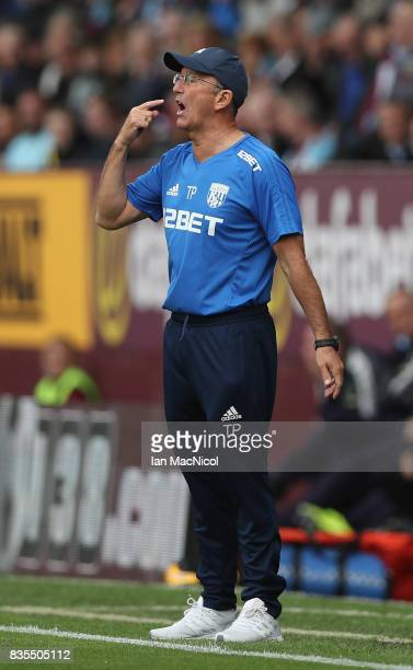 Tony Pulis Manager of West Bromwich Albion gives his team instructions during the Premier League match between Burnley and West Bromwich Albion at...