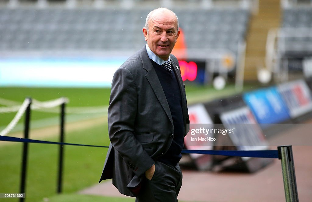 <a gi-track='captionPersonalityLinkClicked' href=/galleries/search?phrase=Tony+Pulis&family=editorial&specificpeople=2225291 ng-click='$event.stopPropagation()'>Tony Pulis</a> manager of West Bromwich Albion is seen on arrival at the stadium prior to the Barclays Premier League match between Newcastle United and West Bromwich Albion at St James' Park on February 6, 2016 in Newcastle upon Tyne, England.