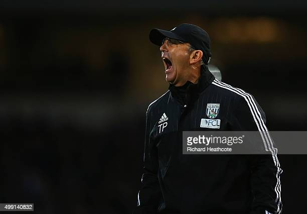 Tony Pulis manager of West Bromwich Albion shouts during the Barclays Premier League match between West Ham United and West Bromwich Albion at Boleyn...