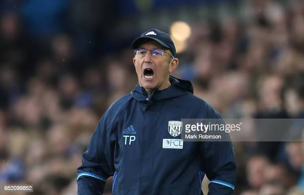 Tony Pulis manager of West Bromwich Albion shouts during the Premier League match between Everton and West Bromwich Albion at Goodison Park on March...