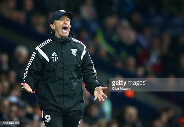 Tony Pulis of West Bromwich Albion in action during the FA Cup Fifth Round match between West Bromwich Albion and West Ham United at The Hawthorns on...