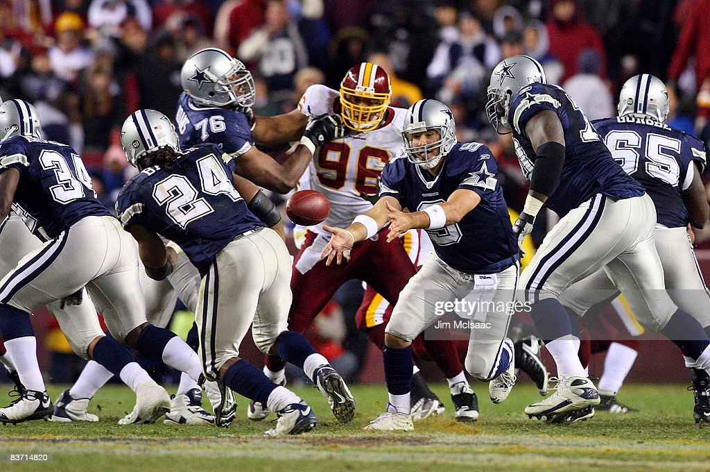 Tony Romo of the Dallas Cowboys pitches to teammate Marian Barber during their game against the Washington Redskins on November 16 2008 at FedEx...