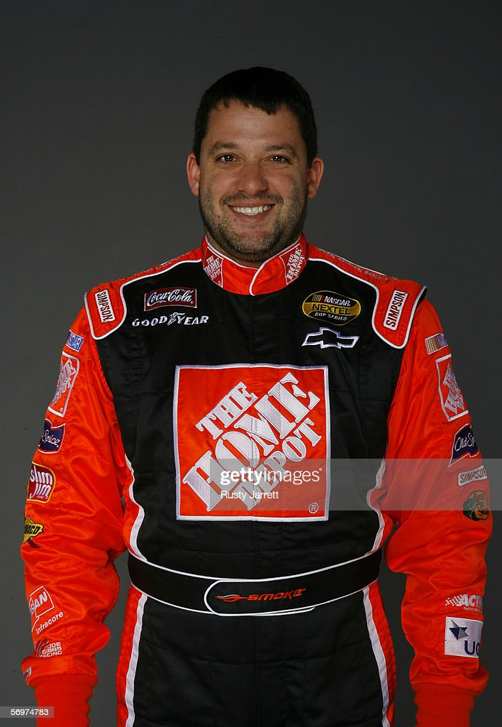 <a gi-track='captionPersonalityLinkClicked' href=/galleries/search?phrase=Tony+Stewart+-+Racerf%C3%B6rare&family=editorial&specificpeople=201686 ng-click='$event.stopPropagation()'>Tony Stewart</a>, driver of #20 Home Depot Chevrolet at NASCAR media day Daytona International Speedway on February 9, 2006 in Daytona, Florida.