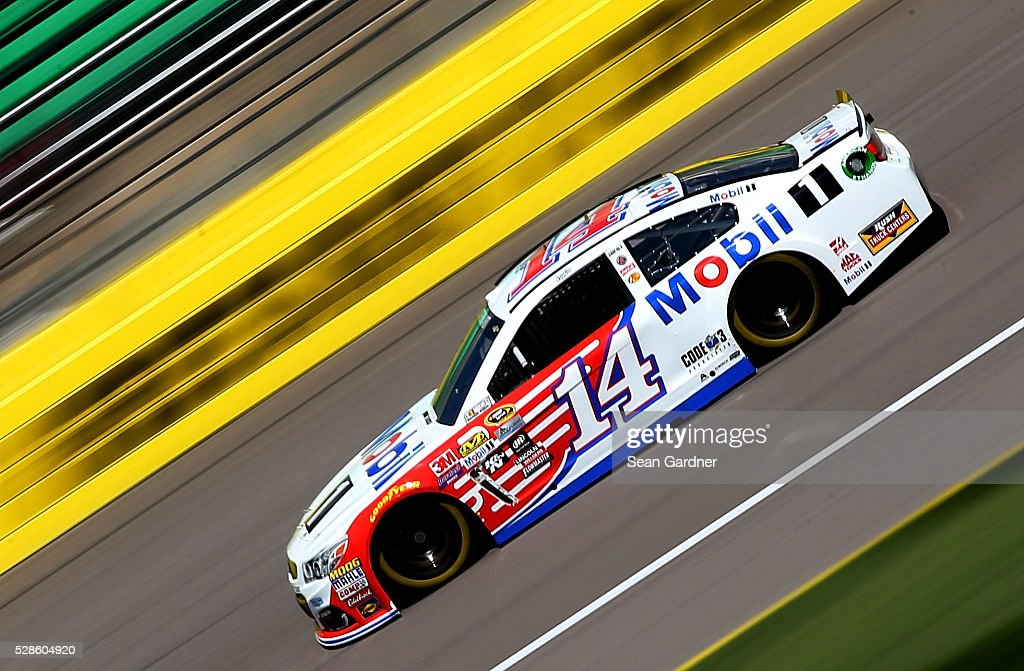 <a gi-track='captionPersonalityLinkClicked' href=/galleries/search?phrase=Tony+Stewart+-+Race+Car+Driver&family=editorial&specificpeople=201686 ng-click='$event.stopPropagation()'>Tony Stewart</a>, driver of the #14 Mobil 1 Chevrolet, drives during practice for the NASCAR Sprint Cup Series Go Bowling 400 at Kansas Speedway on May 6, 2016 in Kansas City, Kansas.