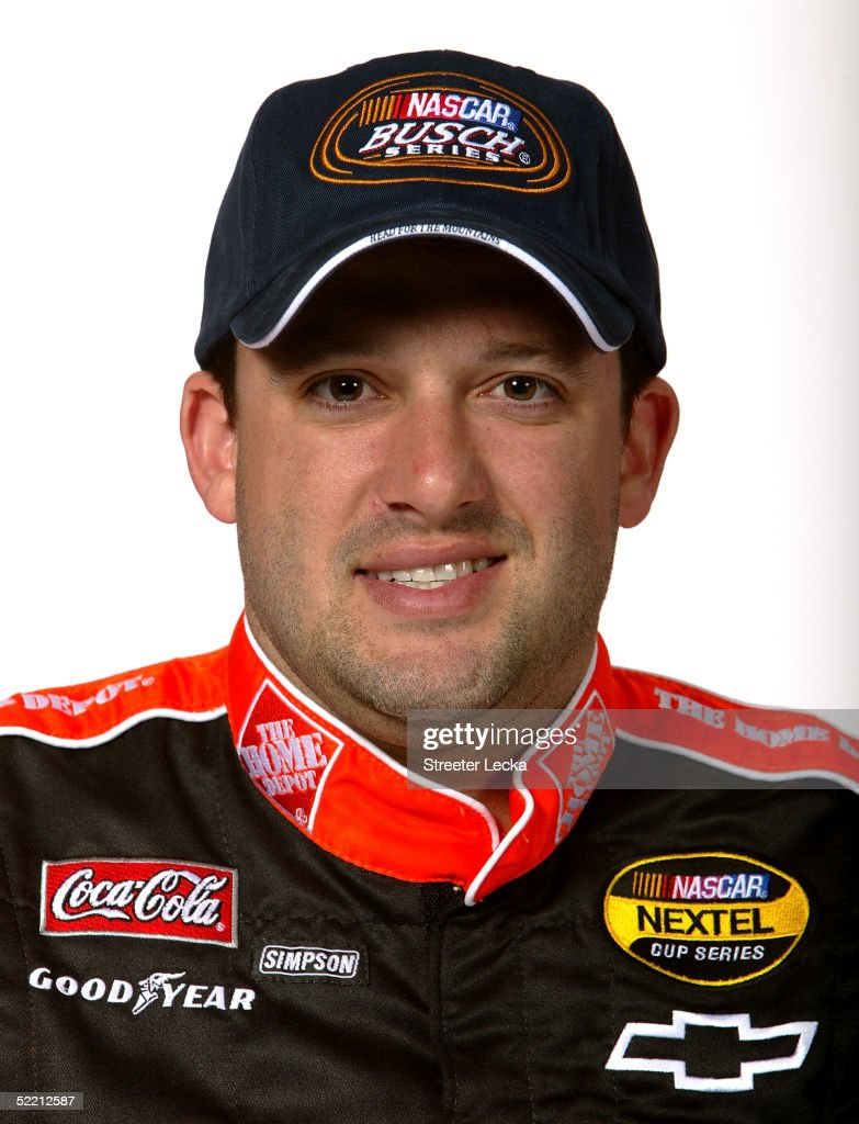 <a gi-track='captionPersonalityLinkClicked' href=/galleries/search?phrase=Tony+Stewart+-+Racerf%C3%B6rare&family=editorial&specificpeople=201686 ng-click='$event.stopPropagation()'>Tony Stewart</a>, driver of the #33 Mr Clean Chevrolet NASCAR Busch Series, poses at the NASCAR Nextel Cup Daytona 500 on February 17, 2005 at the Daytona International Speedway in Daytona, Florida.