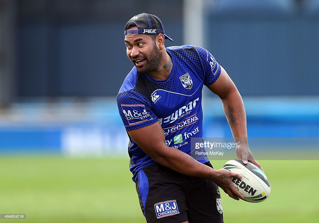 Tony Willliams passes the ball during a Canterbury Bulldogs NRL training session at Belmore Sports Ground on September 3, 2014 in Sydney, Australia.