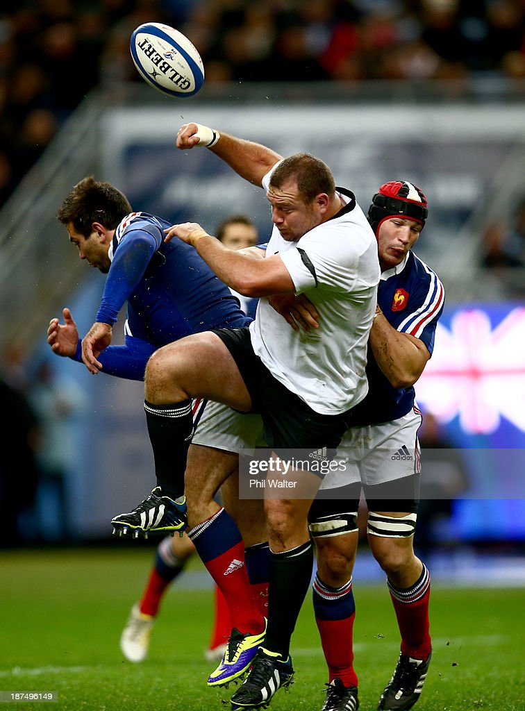 Tony Woodcock of the All Blacks lets the ball loose during the international test match between France and the New Zealand All Blacks at Stade de France on November 9, 2013 in Paris, France.
