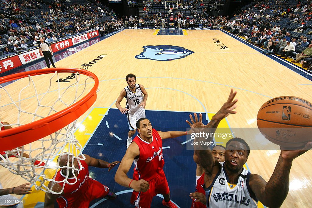 <a gi-track='captionPersonalityLinkClicked' href=/galleries/search?phrase=Tony+Wroten&family=editorial&specificpeople=7651920 ng-click='$event.stopPropagation()'>Tony Wroten</a> #1 of the Memphis Grizzlies shoots against the Los Angeles Clippers on January 14, 2013 at FedExForum in Memphis, Tennessee.