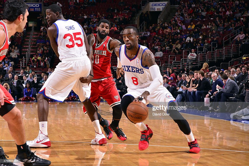 <a gi-track='captionPersonalityLinkClicked' href=/galleries/search?phrase=Tony+Wroten&family=editorial&specificpeople=7651920 ng-click='$event.stopPropagation()'>Tony Wroten</a> #8 of the Philadelphia 76ers drives against the Milwaukee Bucks on February 24, 2014 at the Wells Fargo Center in Philadelphia, Pennsylvania.