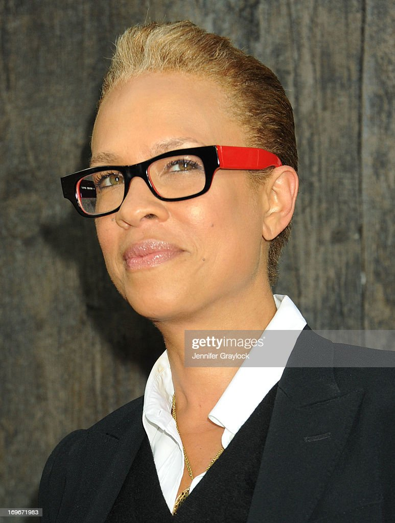Tonya Lewis Lee attends the 'After Earth' premiere at Ziegfeld Theater on May 29, 2013 in New York City.