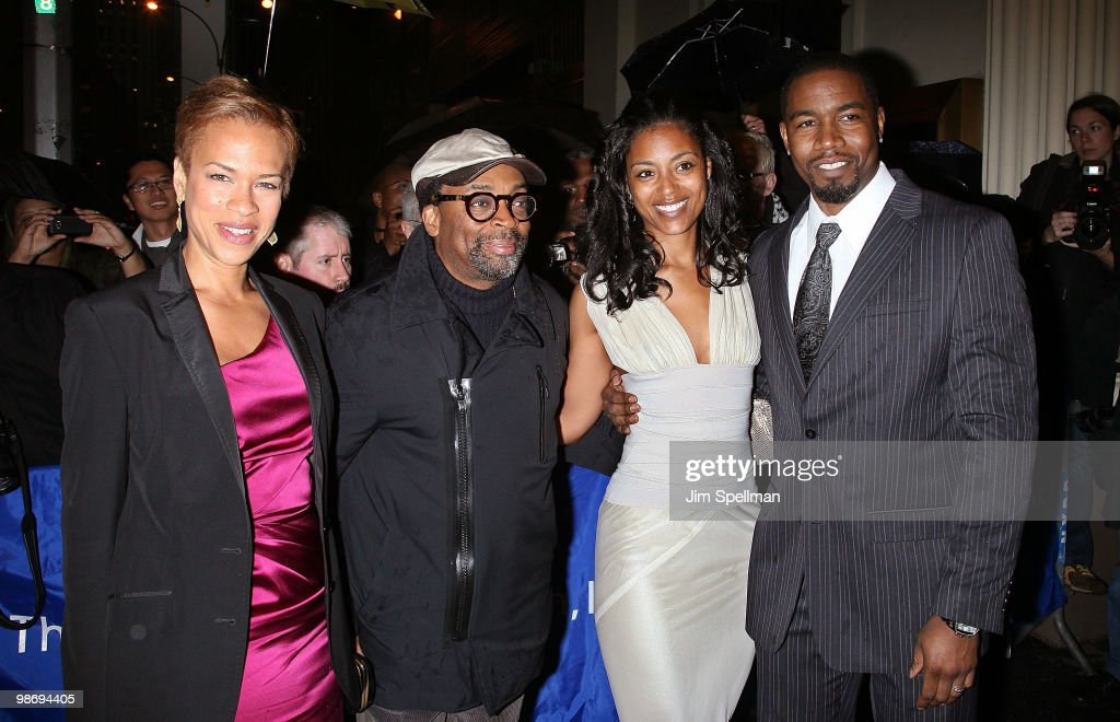 """Fences"" Broadway Opening Night - Arrivals & Curtain Call"