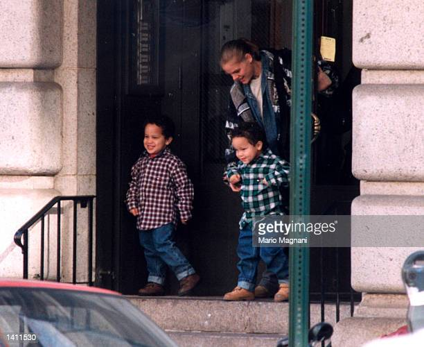 Tookie Smith and her twin boys Aaron and Julian sons of Robert DeNiro NYC New York November 6 1998