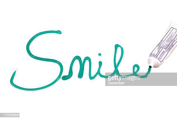 Zahnpasta Lächeln