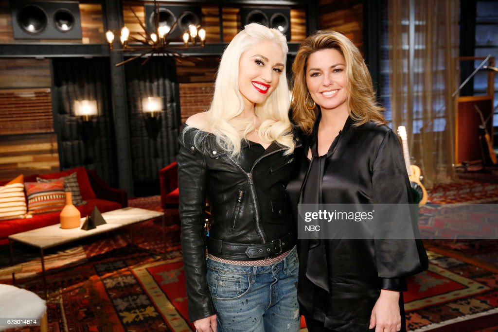 THE VOICE -- 'Top 12 Reality' -- Pictured: (l-r) Gwen Stefani, Shania Twain --