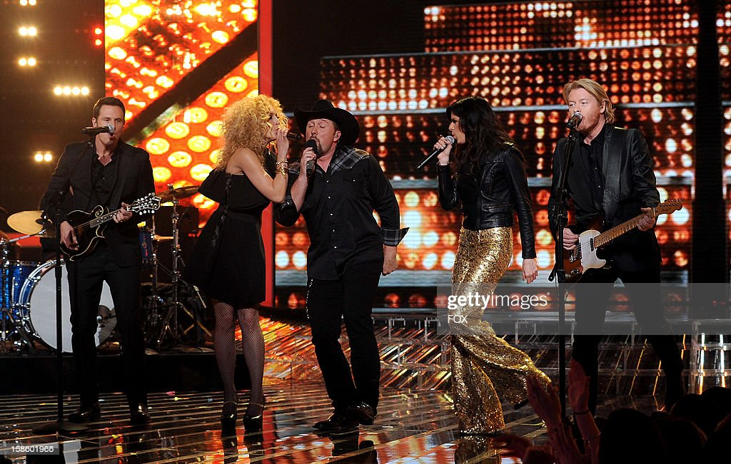 Top 3 contestant Tate Stevens (C) and Jimi Westbrook, Kimberly Schlapman, Karen Fairchild and Phillip Sweet of 'Little Big Town' perform onstage at FOX's 'The X Factor' Season 2 Top 3 Live Performance Show on December 19, 2012 in Hollywood, California.