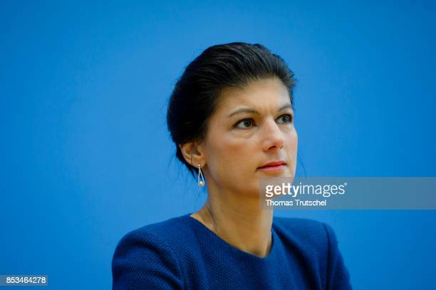 Top candidate of Die Linke party Sahra Wagenknecht speaks at Bundespressekonferenz on September 25 2017 in Berlin Germany
