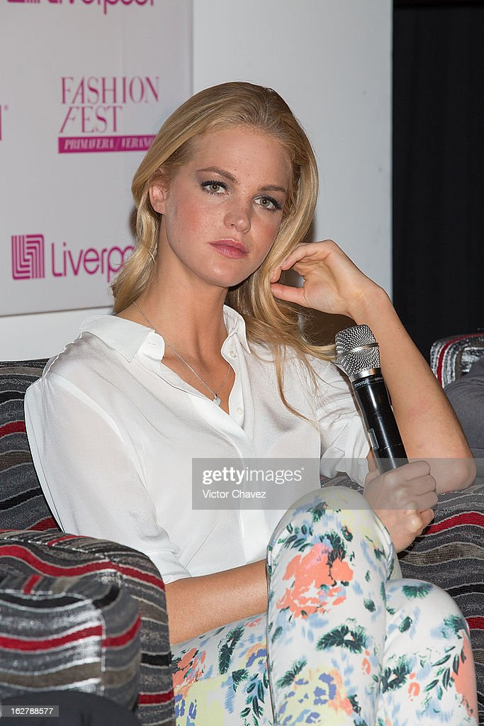 Top model <a gi-track='captionPersonalityLinkClicked' href=/galleries/search?phrase=Erin+Heatherton&family=editorial&specificpeople=5003810 ng-click='$event.stopPropagation()'>Erin Heatherton</a> attends a press conference during the Liverpool Fashion Fest Spring/Summer 2013 at Liverpool Polanco on February 26, 2013 in Mexico City, Mexico.