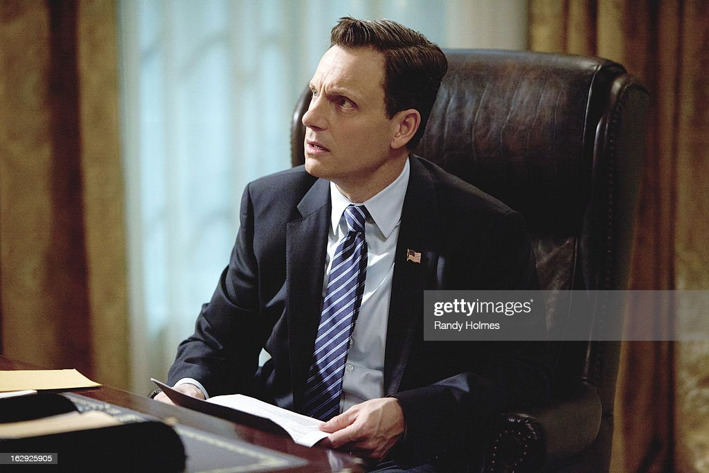 SCANDAL - 'Top of the Hour' - Olivia finds herself in the middle of a media storm, but this time she's on the opposing side of the oval office when Fitz's pick for Supreme Court Justice is caught in a torrid affair with Liv's new client, high-powered CEO Sarah Stanner (Lisa Edelstein). Meanwhile, Olivia and Jake continue their flirtatious relationship, while Huck takes Quinn under his wing and Harrison and Abby try to figure out where they stand with their friendship. Back in the White House, Cyrus and Mellie continue to fight for Fitz's attention, but someone else may already have it, on ABC's 'Scandal,' THURSDAY, MARCH 21 (10:02-11:00 p.m., ET) on the ABC Television Network. GOLDWYN