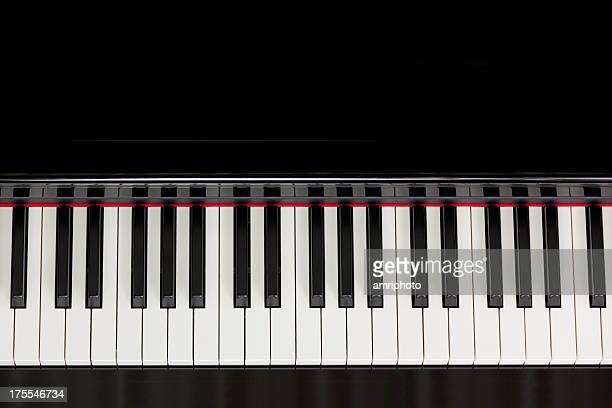 ブラックのピアノキーボードのトップ