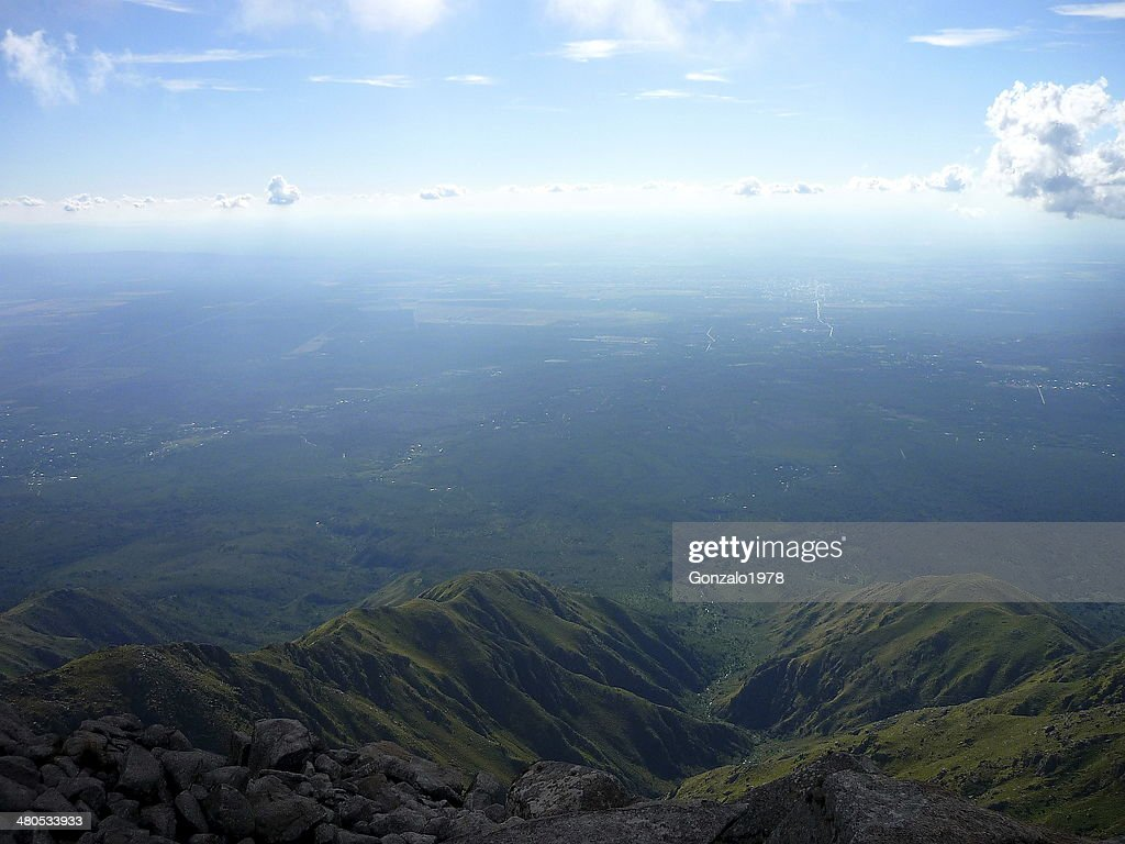 vista superior de un valle : Stock Photo
