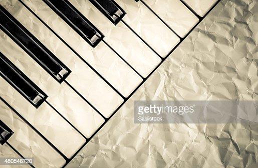 Vista superior preto e branco de teclas de piano : Foto de stock