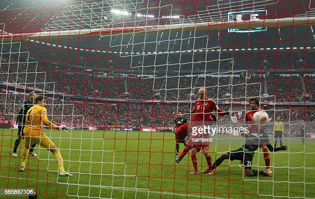 tor Treffer von Arjen ROBBEN FC Bayern München zum 10 1 Bundesliga Fussball FC Bayern München Werder Bremen Saison 2012 / 2013