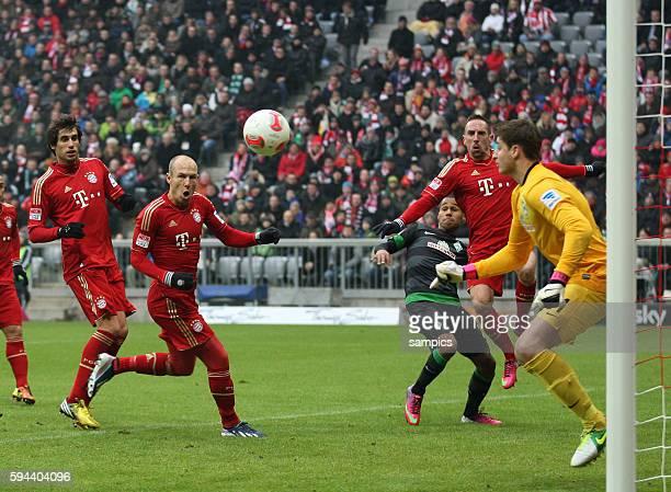 Tor von Arjen ROBBEN FC Bayern München zum 10 1 Bundesliga Fussball FC Bayern München Werder Bremen 61 Saison 2012 / 2013