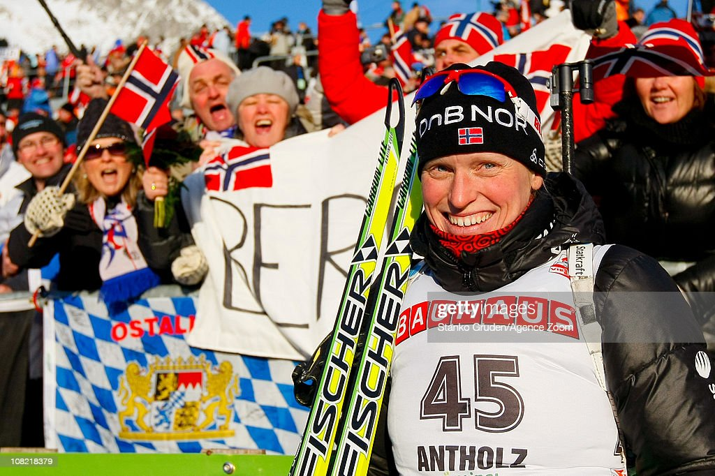 <a gi-track='captionPersonalityLinkClicked' href=/galleries/search?phrase=Tora+Berger&family=editorial&specificpeople=812729 ng-click='$event.stopPropagation()'>Tora Berger</a> of Norway takes 1st place during the IBU World Cup Biathlon Women's 7.5 km Sprint on January 21, 2011 in Antholz-Anterselva, Italy.