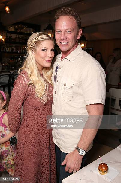 Tori Spelling and Ian Ziering attend Twentieth Century Fox Home Entertainments' 'Alvin And The Chipmunks The Road Chip' Bluray Release Party at Au...