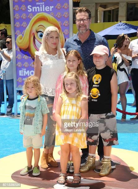 Tori Spelling Dean McDermott and children Finn McDermott Liam McDermott Stella McDermott and Hattie McDermott attend the premiere of 'The Emoji...