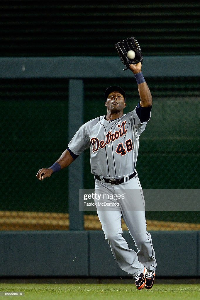 <a gi-track='captionPersonalityLinkClicked' href=/galleries/search?phrase=Torii+Hunter&family=editorial&specificpeople=183408 ng-click='$event.stopPropagation()'>Torii Hunter</a> #48 of the Detroit Tigers catches fly ball hit by Kurt Suzuki #24 of the Washington Nationals in the fourth inning during a game at Nationals Park on May 8, 2013 in Washington, DC. Hunter recieved an error on his throw to third base allowing Adam LaRoche #25 of the Washington Nationals to score a run.
